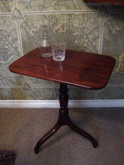 Regency Mahogany Pedestal Table